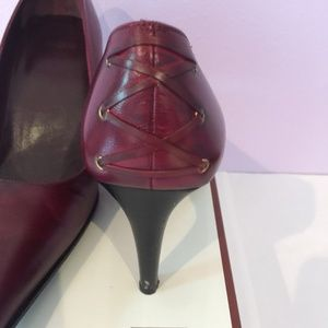 Coach red leather detail pump